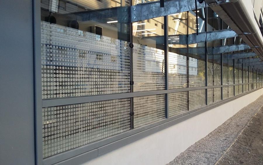 Insignia-Enseigne - C'mapub - Campus Axel One à Villeurbanne - Vitrophanie
