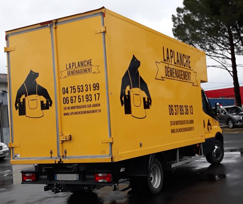 Insignia-Enseigne-camion-vue-droite-laplanche-demenagement