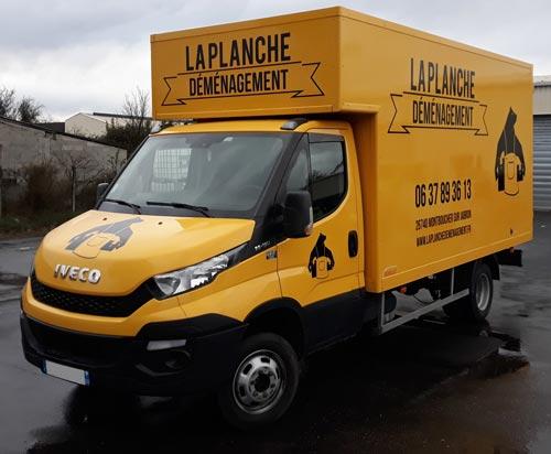 Insignia-Enseigne-camion-vue-gauche-laplanche-demanagement