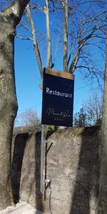Insignia-Enseigne-panneau-restaurant-Manoir-Le-Roure