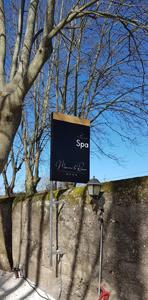 Insignia-Enseigne-panneau-spa-Manoir-Le-Roure