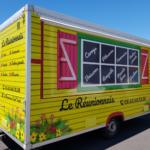 Insignia-Enseigne-realisation-complete-Food-Truck-reunionnais