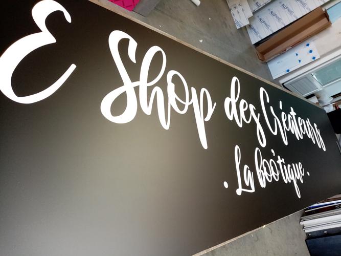 Insignia-Enseigne-preparation-enseigne-E-shop-des-createurs