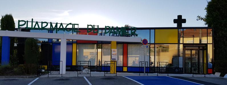 insignia-enseigne-pharmacie-du-damier--facade-complete