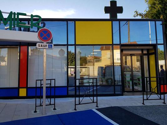 insignia-enseigne-pharmacie-du-damier-facade-droite