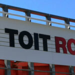 insignia-enseigne-le-toit-rouge-enseigne-zoomee