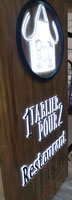 insignia-enseigne-un-talier-pour-deux-essai-panneau-lumineux